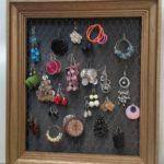 Porte bijoux boucles d'oreilles fait main réemploi recyclerie au bonheur des bennes 44 Saint-Nazaire